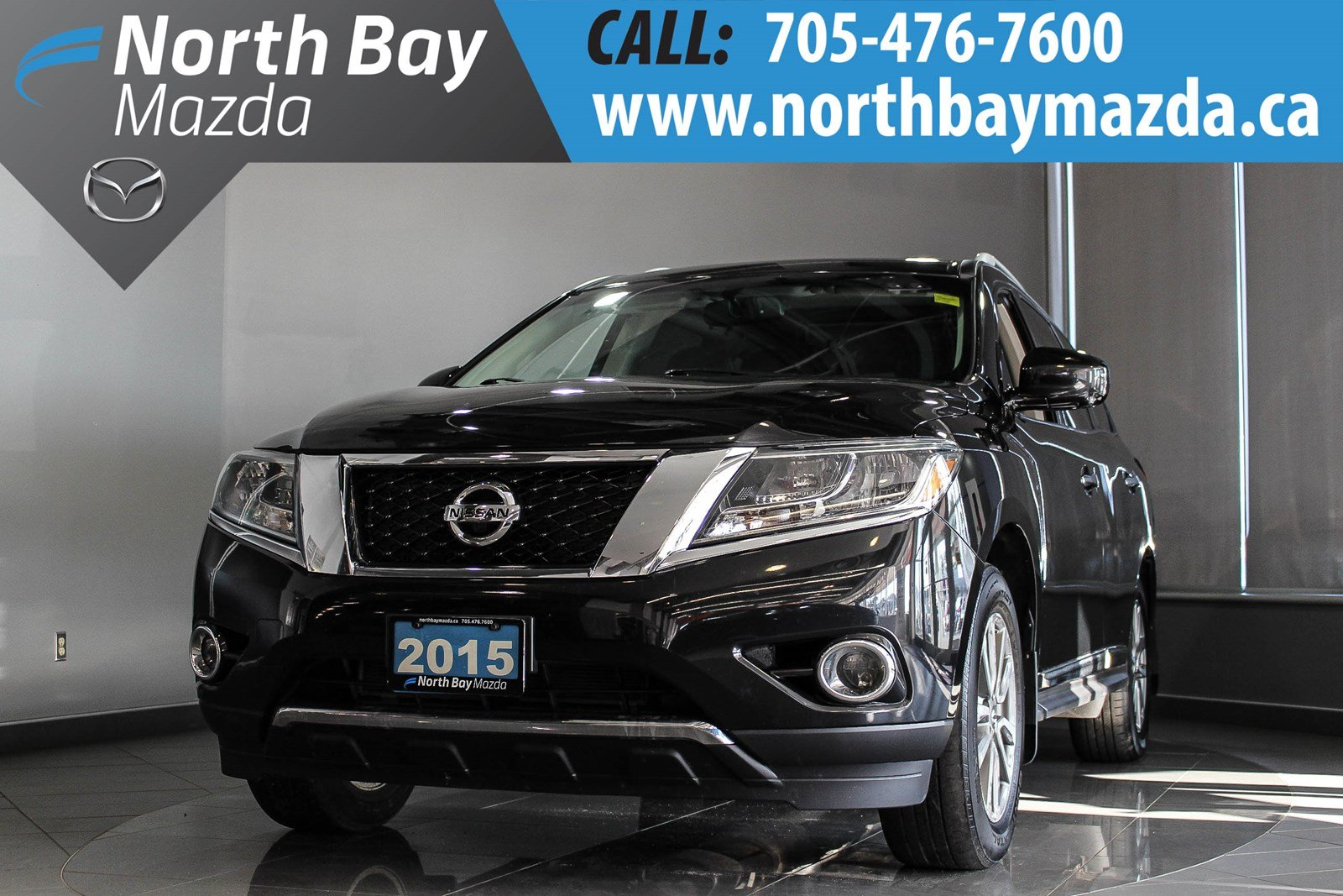 Pre-Owned 2015 Nissan Pathfinder SL 4WD with Pano Sunroof, Heated Steering Wheel!